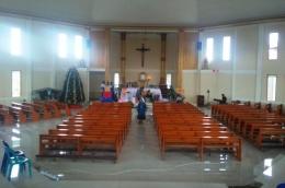 Interior Gereja (Pribadi)