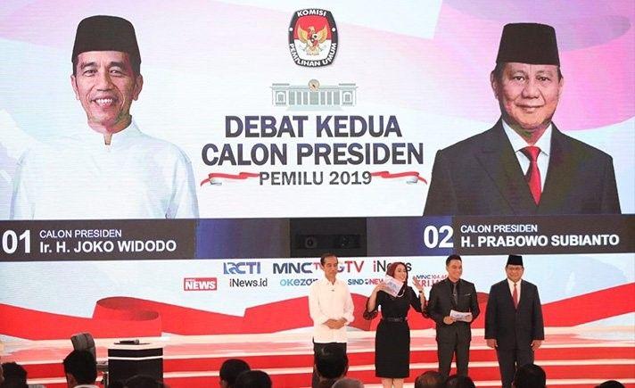 Jokowi dan Prabowo saat debat capres kedua di Hotel Sultan Jakarta pada Minggu (17/2) malam. (Foto: Tagar/Gemilang)