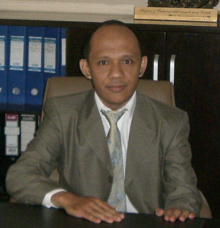 Deskripsi : Kepala Instalasi Laboratorium RSKO Jakarta I Sumber Foto : Hermawanto