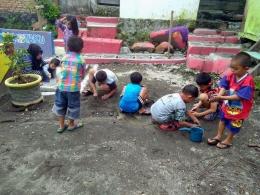 Dokpri. Anak-anak kembali menemukan sarana lebih dekat dengan sungai yang harus dijaga