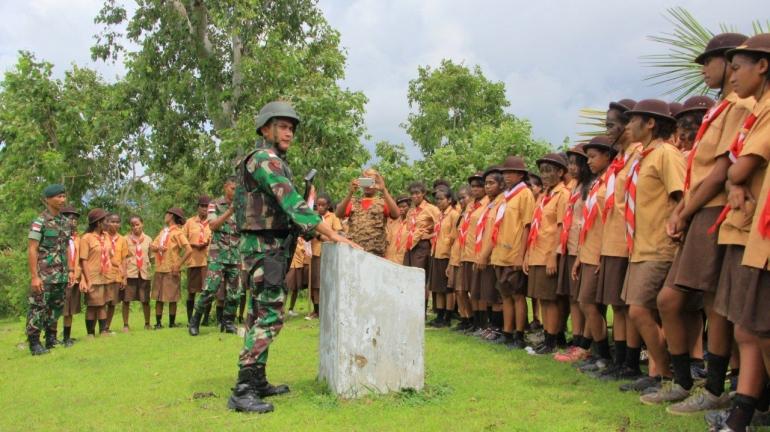 Satgas Yonif Raider 408/SBH Ekpedisi Bersama Pramuka