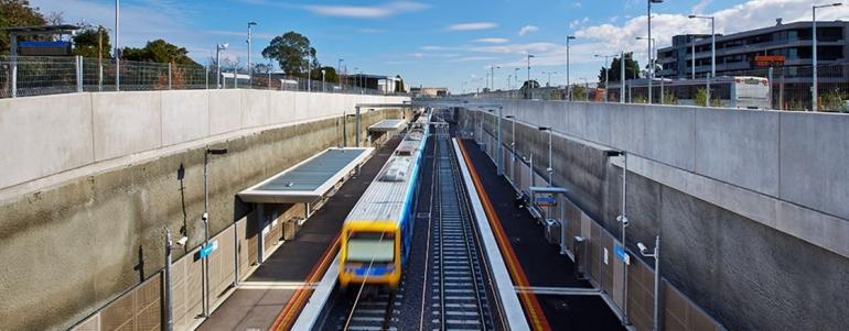 Underpass kereta Victoria (johnholland.com.au)