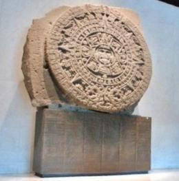 Kalender Aztek di Museo Nacional de Antropologia. Foto: Evi Siregar
