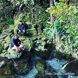 Mata air di Situs Cihunjuran di kaki Gunung Pulosari. Di sini penduduk setempat menyebutnya sebagai salah satu tempat petilasan kerajaan Salakanagara (Dokpri)