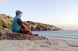 Menikmati senja di Lifulada | Dokumentasi pribadi