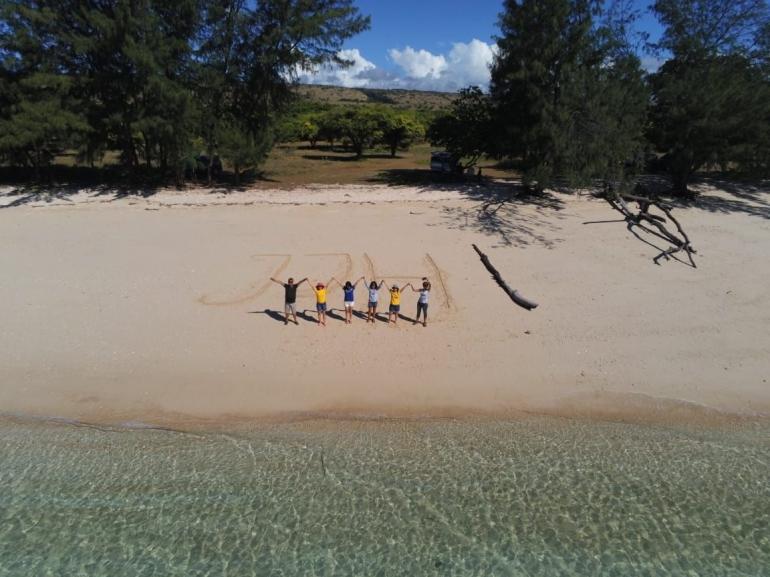 Keindahan Pantai Puru Kambera yang difoto dari atas (dokpri)