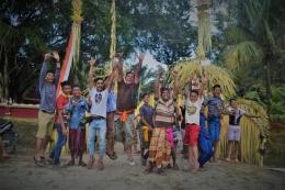 Warga setempat bersuka ria dalam momen keagamaan di kampung Bali, Kandis Riau. (dok/PanjiASyuhada)