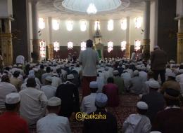 Suasana Masjid Agung Al Karomah, Martapura, Kalimantan Selatan