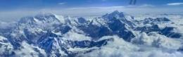 Diatas Puncak Tertinggi Dunia Di Pegunungan Himalaya Diphoto Dari Pesawat Shree Airlines/dokpri