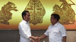 Gambar Semar dan Togog di Belakang Jokowi dan Prabowo (BBC.com)