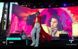 Tangkapan layar dari pertunjukkan Niki Zefanya di LA | Youtube/alessandro