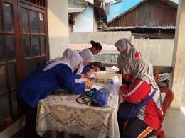 Pengukuran Tekanan Darah di RW.01 Oleh Mahasiswa Profesi Ners Universitas MH Thamrin Jakarta