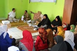Acara Musyawarah Masyarakat RW dengan Mahasiswa Profesi Ners Universitas MH Thamrin Jakarta