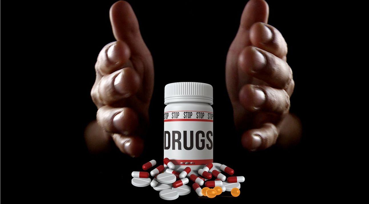 Deskripsi : Mengenal NAPZA Kerabat Dekat Narkoba I Sumber Foto : pixabay
