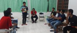 Bincang-Bincang  Komunitas Sastra Filokalia Bersama Giovani  Arum