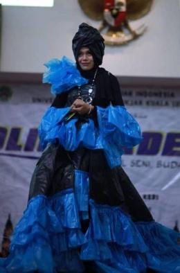 Nurhayati peserta juara 1 Unique Fashion. (Dok. Pribadi)