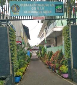 Aku dan Air,Gerakan Menabung Air,Menabung Air hujan,Kampung Glintung,Glintung Go GreenPintu Gerbang Kampung Glintung Go Green (dokpri)