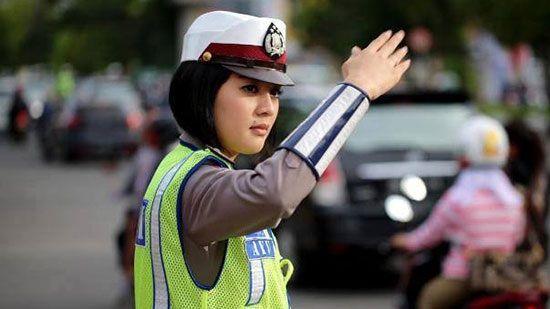 Polisi Lalu Lintas.sumber Teropongku.com
