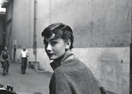 Ilustrasi Audrey Hepburn/weheartit.com