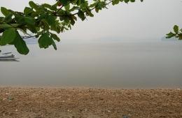 Danau Buatan, jarak pandang sangat terbatas (dok pribadi)