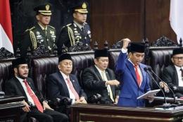 Presiden Jokowi saat berpidato di gedung DPR RI, sumber gambar : kompas.com