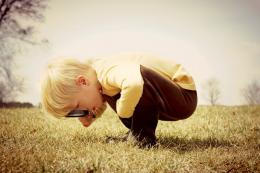 Ilustrasi seorang anak yang krtisi (Sumber: thriveglobal.com)
