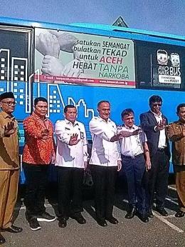 Dok. pribadi: Gerakan Stop Narkoba oleh Kepala BNN Pusat Komjen Pol Drs Heru Winarko SH, Kepala BNNP Aceh Brigjen Pol Drs H Faisal Abdul Naser MH beserta tamu VIP lainnya
