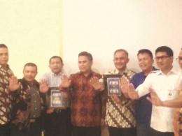 BNNP Aceh, BNN Pusat dan Perwakilan BUMN Bersatu Aceh Menyatakan Stop Narkoba. (dokpri)i
