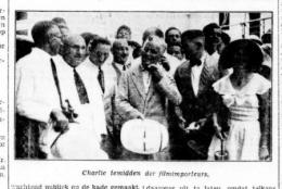 Charlie Chaplin, di tengah-tengah importir film di Batavia. (Bataviaasch Nieuwsblad tanggal 31 Maret 1932). (naratasgaroet.net)