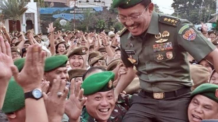 Letnan Jenderal TNI (Purn) Dr. dr. Terawan Agus Putranto saat acara perpisahan dengan jajarannya di RSPAD Gatot Soebroto, Jakarta | Gambar: hariansib.com