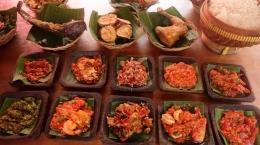 Variasi menu sambal di sebuah restoran (tribunews)