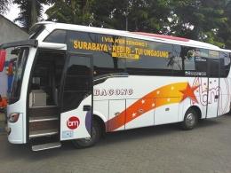 Bis dengan kapasitas sedang, melayani mobilitas warga dari Surabaya ke Tulungangung, dan sebaliknya. Dok pribadi
