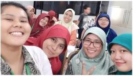 Deskripsi : Teman-teman Perawat yang hadir I Sumber Foto : Komite Keperawatan RSKO Jakarta