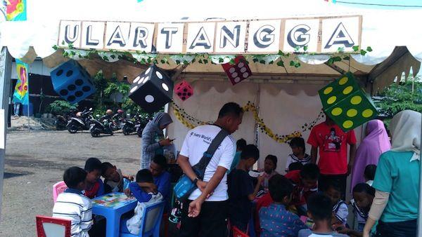 Permainan Ulang tangga bermuatan lingkungan menarik anak-anak (dokpri)