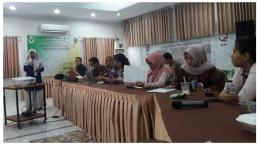 Deskripsi : Perawat RSKO Jakarta yang hadir begitu serius memperhatikan I Sumber Foto : Komite Keperawatan RSKO Jakarta