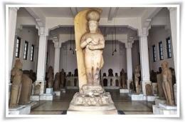 Arca Bhairawa yang tinggi besar di Museum Nasional (Foto: indephedia.com)