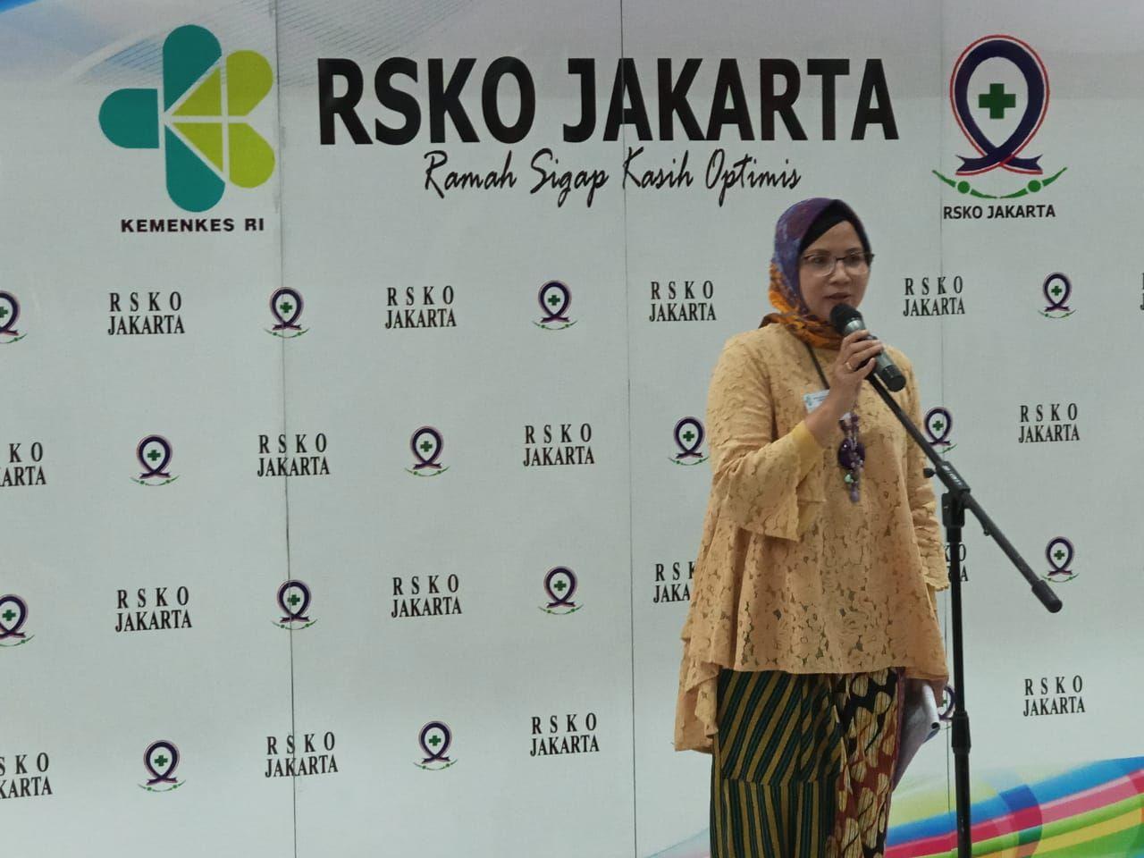Deskripsi : ketua Dharma Wanita Persatuan RSKO Jakarta, Ibu Sri Hartanti Azhar menyampaikan Dharma Wanita Persatuan RSKO Jakarta siap menjadi fasilitator I Sumber : RSKO Jakarta