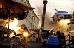 Efek ledakan khas Michael Bay (filmstories.co.uk)
