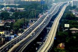 Jalan Tol Jakarta-Cikampek (Foto: CNN-Indonesia)