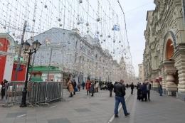 Suasana Natal di Pusat Perbelanjaan GUM, Red Square. Sumber: Dokumentasi Pribadi