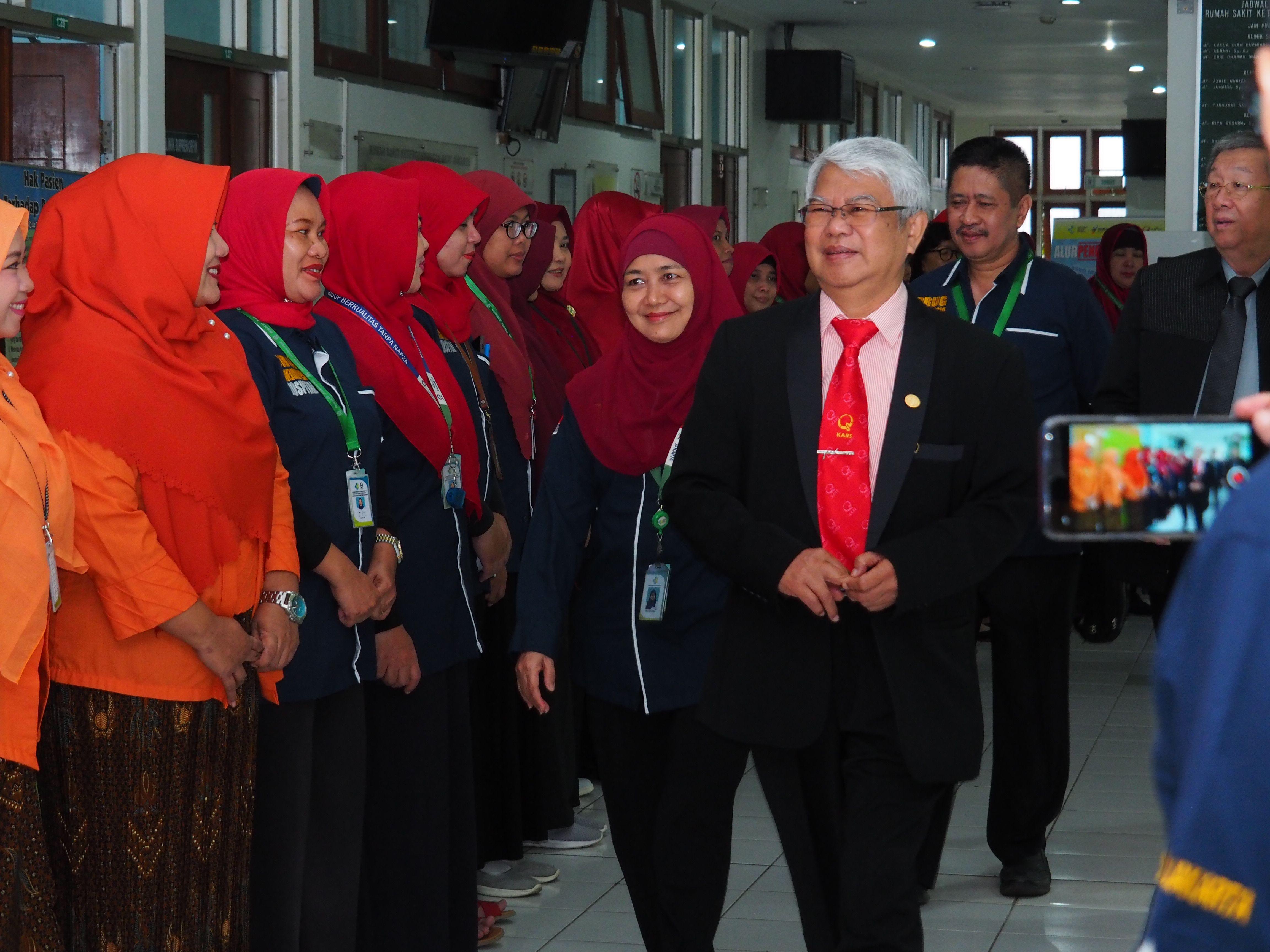 Deskripsi : Survior KARS disambut ASN RSKO Jakarta I Sumber Foto : dokpri