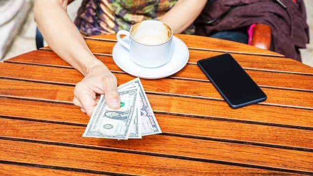 Siapkan uang tunai untuk minum kopi di New York City (doc.Mobile Payment Today/ed.Wahyuni)