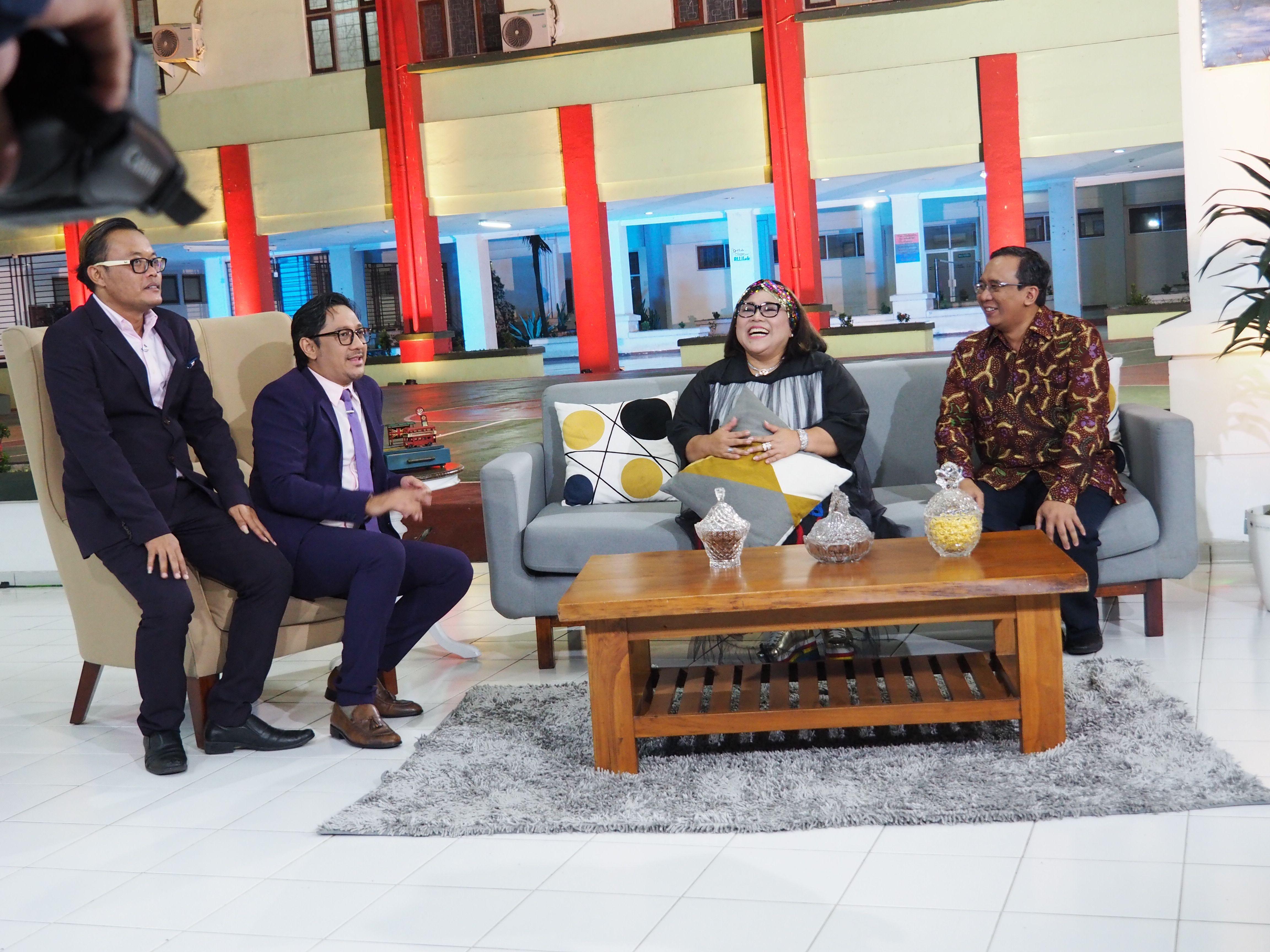Deskripsi : Ini Talk Show hadir di RSKO Jakarta I Sumber Foto : dokpri