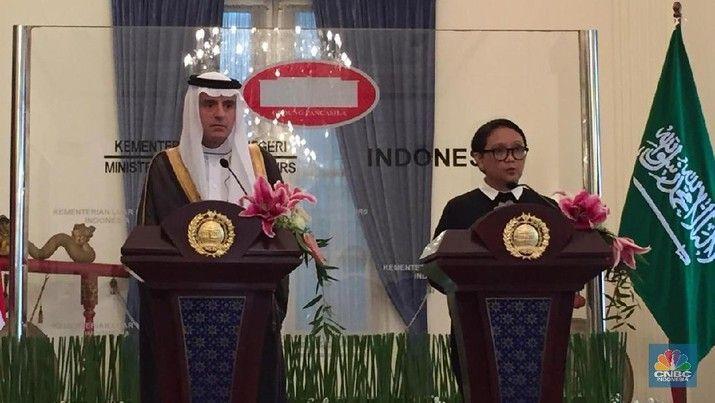 Menteri Luar Negeri Arab Saudi, Adel bin Ahmed Al-Jubeir saat bertemu dengan Menteri Luar Negeri, Retno Marsudi (CNBC Indonesia/Wangi Sinintya)