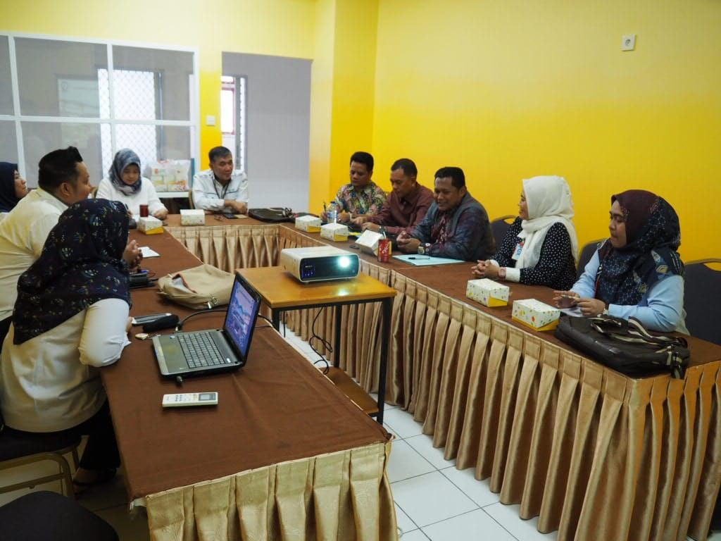 Deskripsi : Banchmarking RS RS Ernaldi Bahar ke RSKO Jakarta Mempelajari Layanan Pemulihan Pecandu Narkoba I Sumber Foto : dokpri