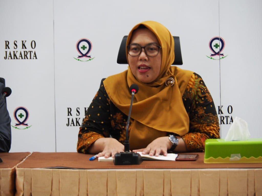 Deskripsi : Dr Reni Chairani, M.Kep, S.Kom, penanggung jawab mata kuliah Keperawatan HIV / AIDS Poltekkes Kemenkes Jakarta 1 (satu) I Sumber Foto: dokpri