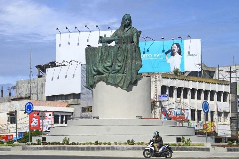 Monumen Fatmawati, Bengkulu. bengkuluekspress.com