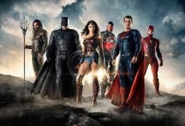 Justice League dari DC adalah kompetitor Avengers milik Marvel.   Gambar: Melali.news