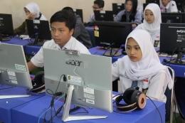 Siswa angkatan 2020 adalah generasi istimewa (foto simulasi UNBK SMAN 3 Yogyakarta melalui Kompas.com)