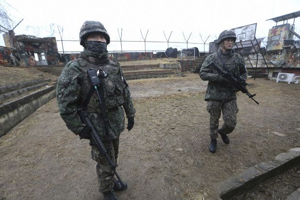 Tentara perbatasan Korea Selatan di Kota Cheorwon (Mainichi.jp)